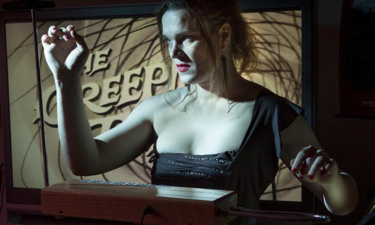 Susanna Viljanmaa theremin